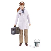 Breyer Laura - Veterinarian with vet kit